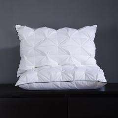 羽丝绒枕单只装 扭花枕
